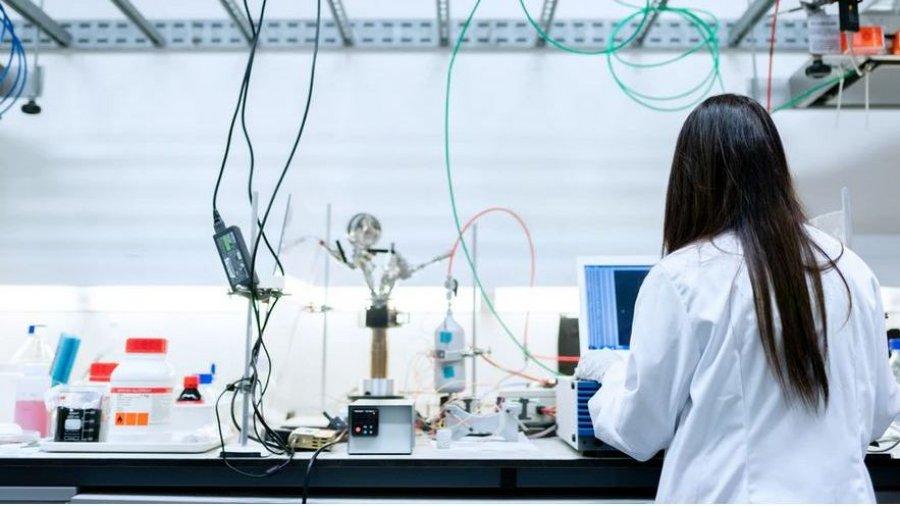 investigacion-laboratorio-PharmaMar