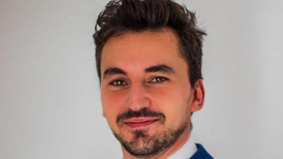 Álvaro Sánchez, técnico farmacéutico de Garantía de Calidad de Logista Pharma.