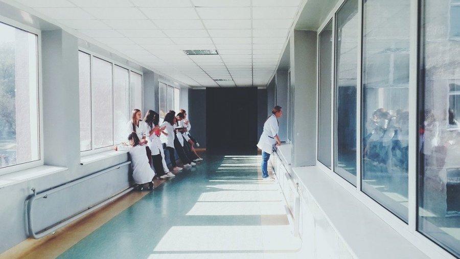 medicos-covid-19
