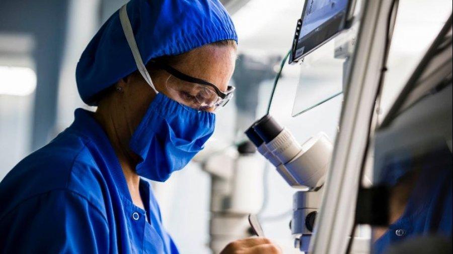 Aplicación de radiofrecuencia en miomas uterinos.