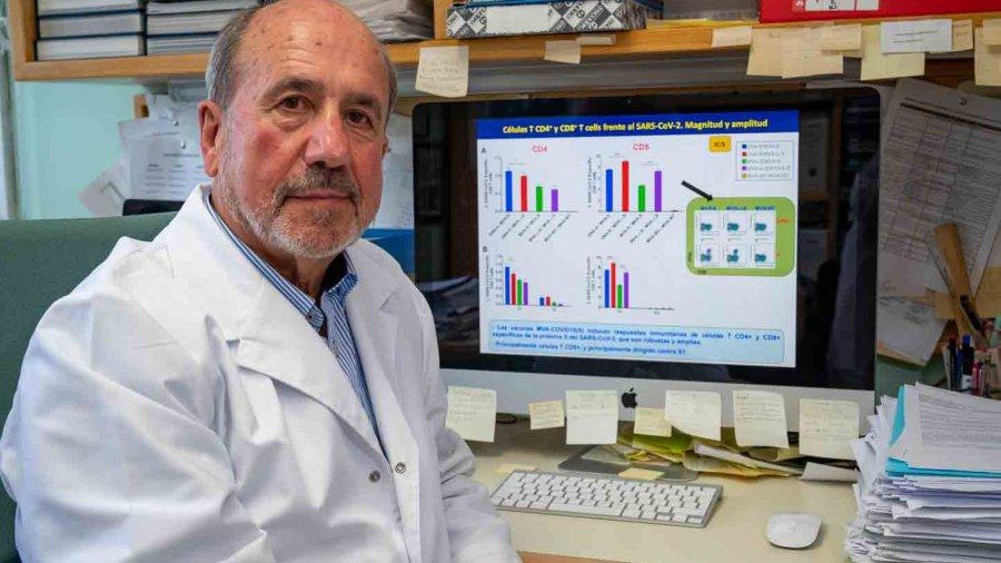 Mariano Esteban, virólogo del CSIC.