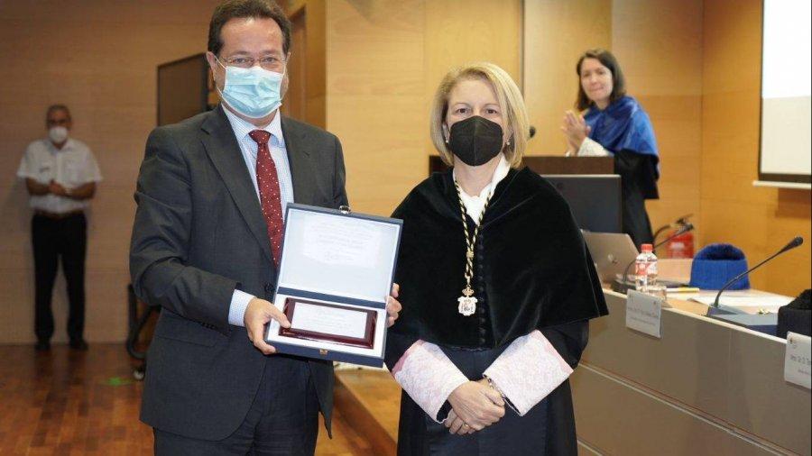 Entrega del premio al Hospital Luis Zendal.