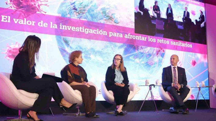 Jornada de Astrazeneca sobre el valor de la investigación.